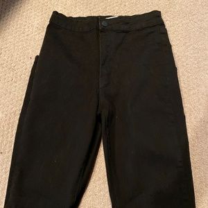 high waisted black skinny jean